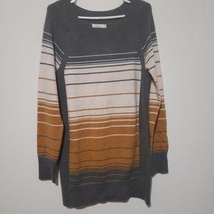 Reitmans long stipe sweater, long sleeves size med